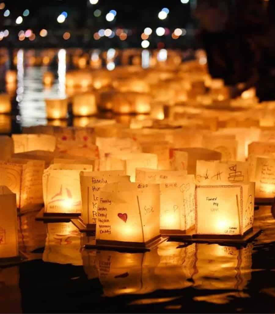 chinese water lanterns