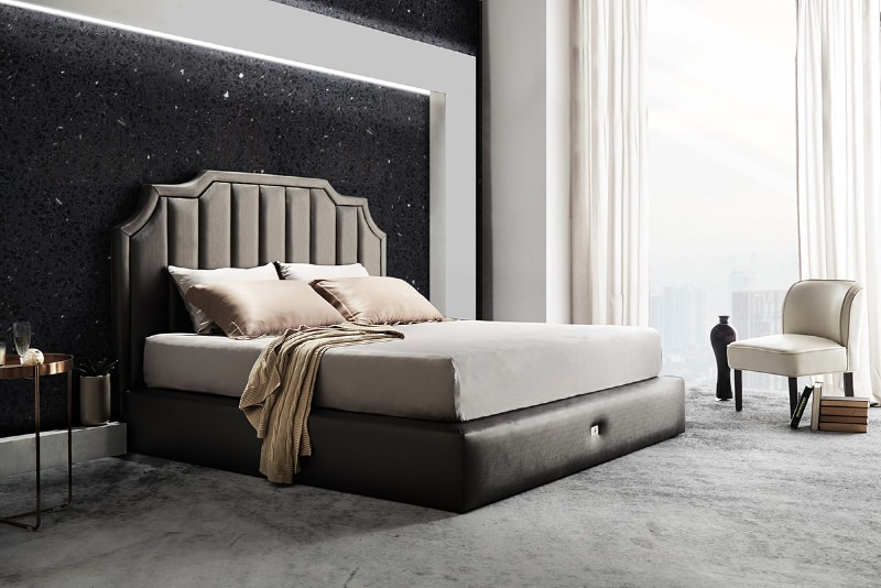 luxurious-bedroom-with chair